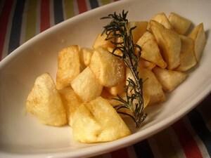 小粋なガーリックポテトフライローズマリー風味