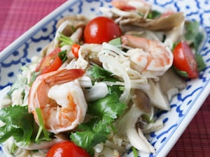 タイ風きのこサラダ、ヤムヘット