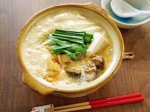 さば味噌豆乳鍋