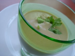 セロリとブルーチーズのスープ