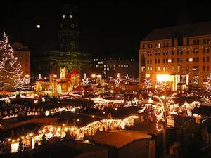 世界最古のドレスデンのクリスマス市