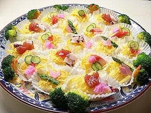 お花畑のような雛ちらし寿司