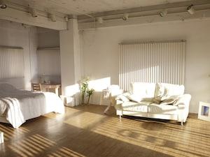 憧れ家具のベッドとソファ。さぁ、どっちにする?