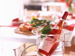 春らしい桜色のロゼワインで乾杯!