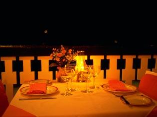 予約で満足するな!食事中にも完璧なマナーを披露
