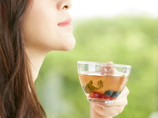 月経前症候群(PMS)の改善法・治療法・受診の目安
