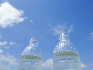 運動時の水分補給、適しているのは硬水?軟水?