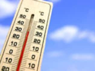 40度超えの危険な酷暑!熱中症になったら保険は使える?
