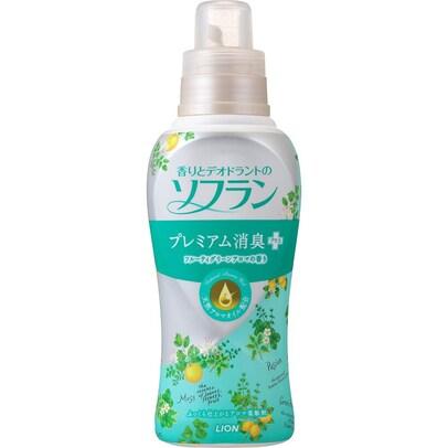 香りとデオドラントのソフラン プレミアム消臭プラス フルーティグリーンアロマの香り 620ml