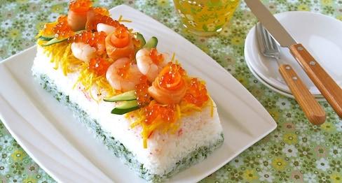 豪华的寿司蛋糕