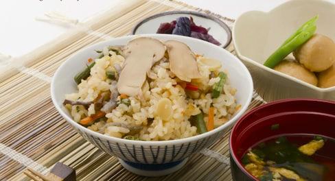 6 Seasonal Japanese Rice Dishes