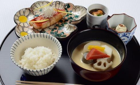 Michelin-Quality 'Ichiju-Sansai' Fish Recipe