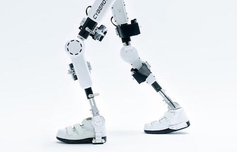 The Amazing Wearable Robot