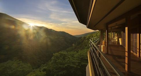"""人间四季流年尽,别有芳华在箱根 — 选择在箱根""""吟游""""旅馆度假的5大理由"""