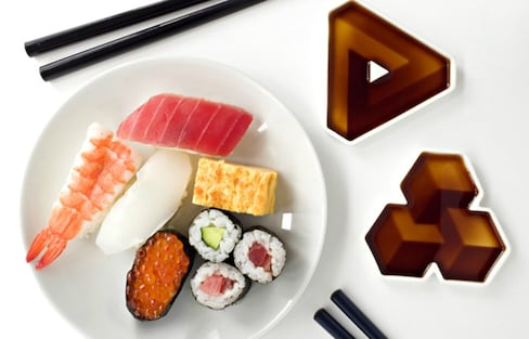 Soy Sauce Dishes Create 3-D Optical Illusions