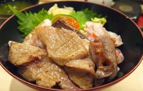 Find the Best Food Around Tsukiji Fish Market