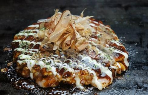 Top 5 'Okonomiyaki' in Osaka & Hiroshima