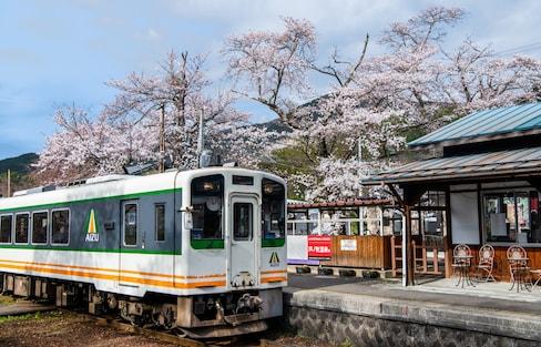 【日本觀光列車特輯・福島篇】連結都會觀光景點與地方自然風情的「會津鐵道」