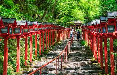 初夏就想鞍馬山跑!比日本千年古都京都還要老的深山隱社「貴船神社」