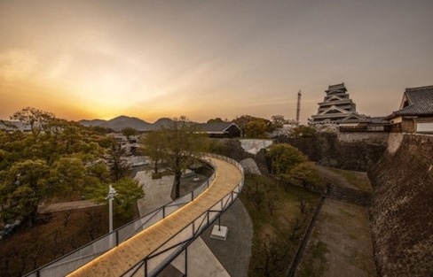 Kumamoto Castle's Renovation Observation Path