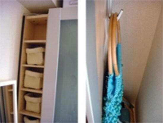 左:イケアのBENNO(幅20cm) 右:フックで吊り下げ