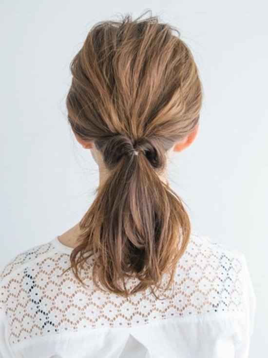 画像 17 20 オフィスで使えるまとめ髪 ゴムひとつで簡単ヘア