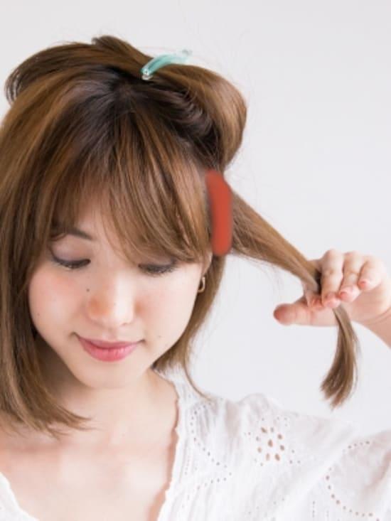 3センチ幅で薄めに髪をとる
