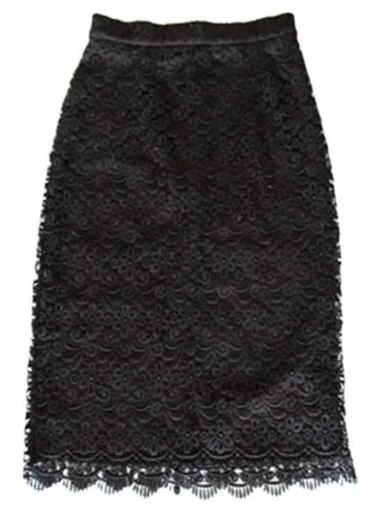 レーススカート 2990円(税抜)/UNIQLO(ユニクロ)
