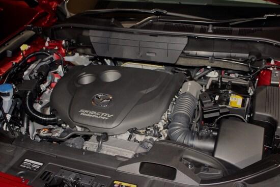 エンジンは2.2Lディーゼルエンジンのみ。将来的にガソリンエンジンも追加されるか注目