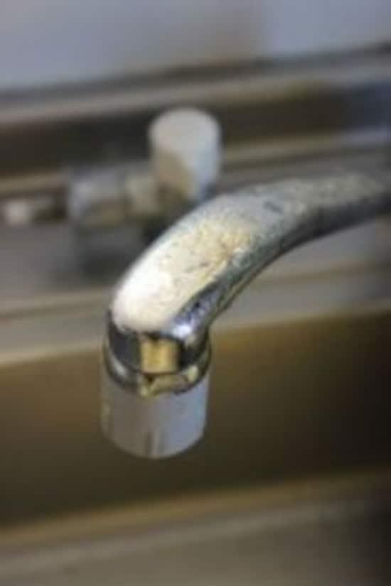 クエン酸は食品添加物なので、台所でも安心して使えます。