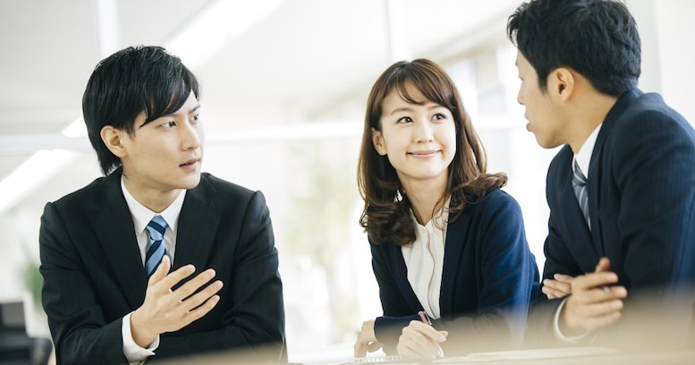 仕事がデキるのは、頭のいい人より○○な人! 感情に振り回されないための4つのポイントとは?