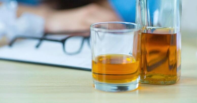 受動喫煙の次はアルコール、飲酒問題がクローズアップされるはずだよ。