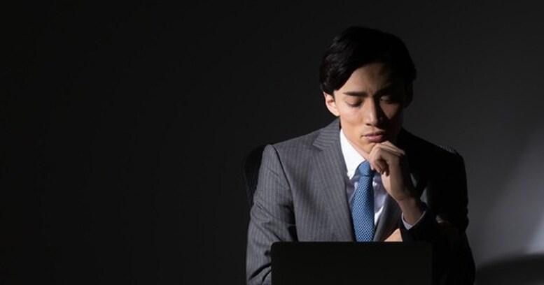 どうせ自分なんて…と悲観的な「非モテ」の3タイプとは? 「忙しすぎる仕事」と世間から強要される「男らしさ」に苦しむ男性の現実