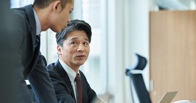 噛み合わない、シカトされる…オジサンが若手社員との雑談を成功させる方法