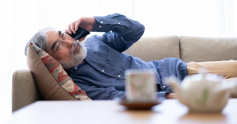 """老人はコールセンターにすがりつく…。肩書を失ったエリートほど""""寂しい老後""""が待つ現実"""