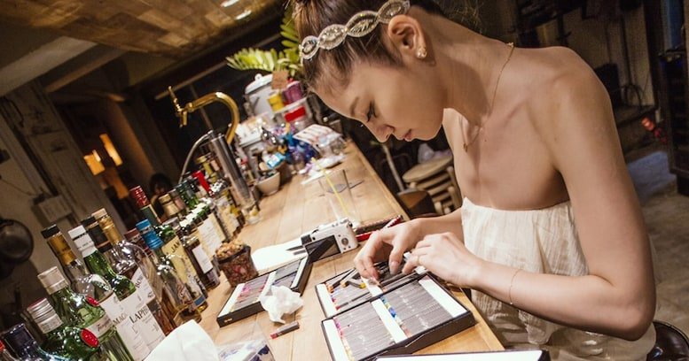日本における先駆者!? 美しすぎるアーティスト・Moecoが語る「チョークアート」の世界