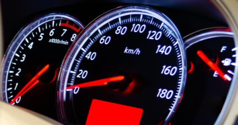 【雑学】そんな速度出さないのに…国産車のメーターが180km/hまであるワケ