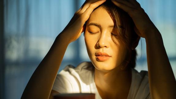 自粛続きでメンタルが弱る今…ストレスを 「味方に付ける」方法とは?