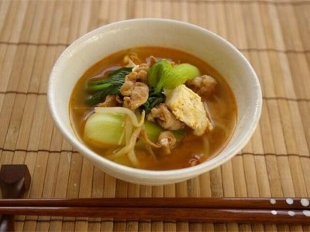 ピリ辛豆腐の味噌汁