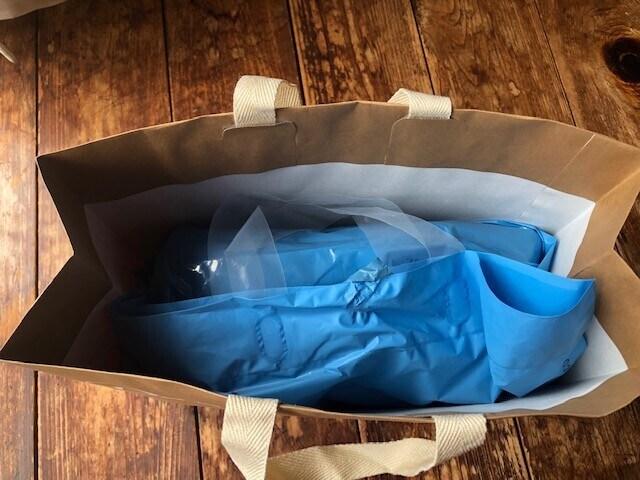 ビニール袋に入れると雨が降っても安心