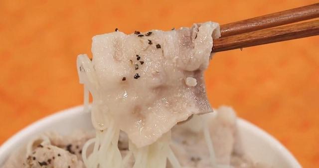 【サッパリ&あっさり】レンジで簡単!?豚バラ肉のソーラーメンが絶品すぎる!
