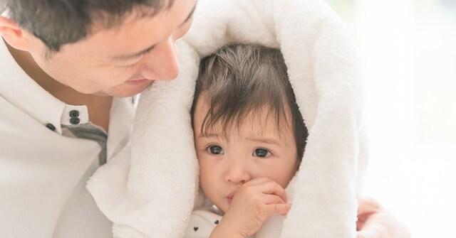 """男性の育休は出世に響く? 意識改革だけではどうにもならないワンオペ育児を変える""""収入保障""""の必要性"""