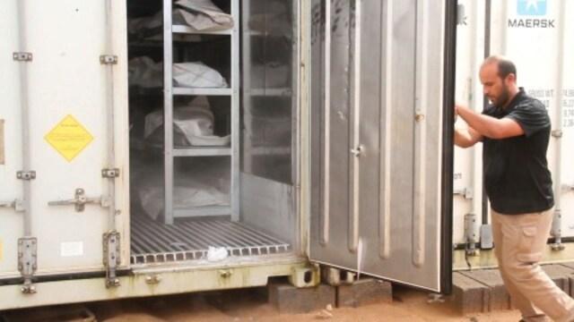 IS戦闘員の遺体700体、冷凍コンテナで一時保存のまま1年 リビア