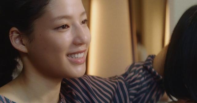 【涙腺崩壊】正反対の姉妹が同じ美容師に… JTの「想うた」シリーズが泣ける