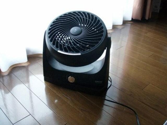 山善(YAMAZEN)製サーキュレーター。気になる電気代は0.6円/時間程度