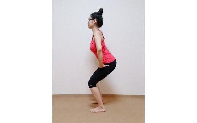 膝が伸び切らないところまで3秒かけて腰を上げていく