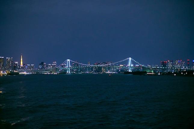 船上から見た東京の夜景
