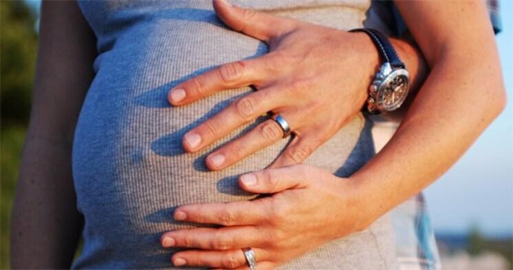 出生率ヨーロッパNo.1 フランスの出産裏事情