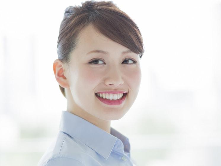 デキる女感UP! 現役CAが教える、きれいな斜め前髪の作り方