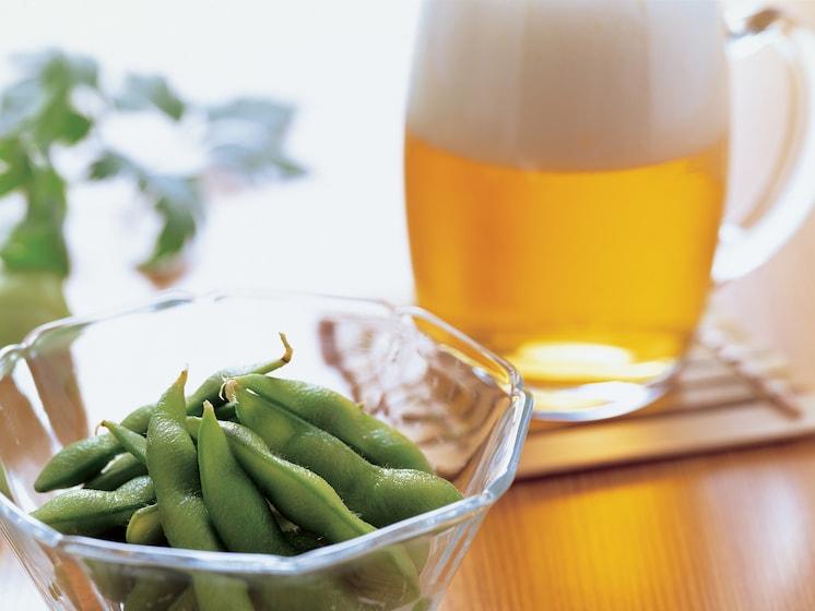 ビールを飲むとなる? 「ビール腹」の正体と対策